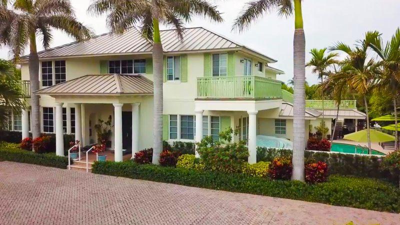 Front Entrance to Caron Ocean Drive Campus in Florida.