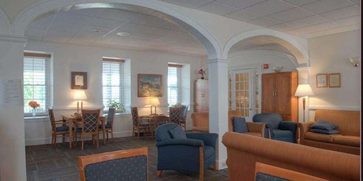 Photo of the interior of the adult mens' lounge.