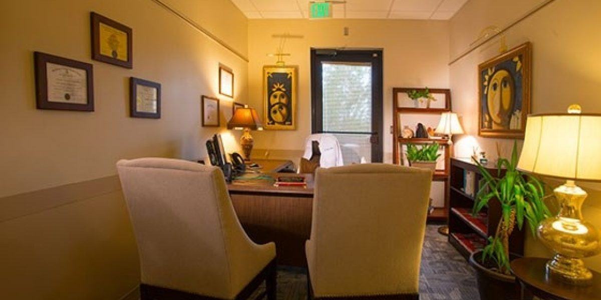 Photo of a therapist office at Caron Renaissance.