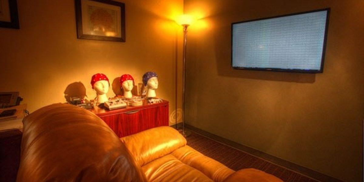 Photo of interior of Renaissance neurofeedback area.